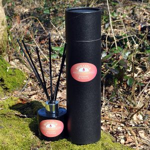 rhubarb and vanilla reed diffuser black, sticks