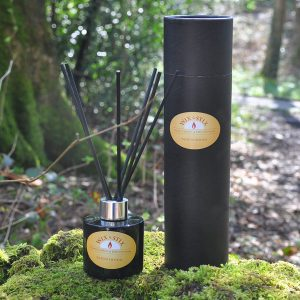 sandalwood black reed diffuser